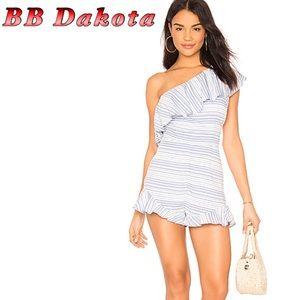 NWT-BB Dakota Asymmetrical Romper Blue White 4